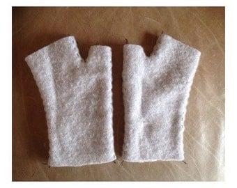 Gray felted cashmere short fingerless gloves
