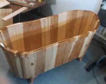 Wooden Clawfoot Bathtub in Hickory - Ofuro