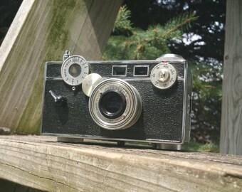 "Argus C3 ""the Brick"" Rangefinder 35mm Film Camera"