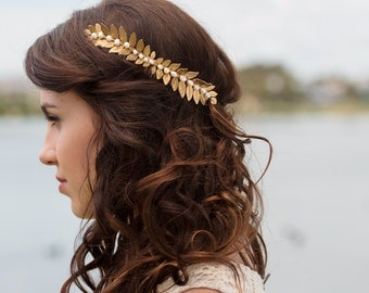 Grecian Gold leaf hair comb with fresh water pearls