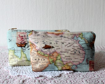 Dressing case world map plane / boat