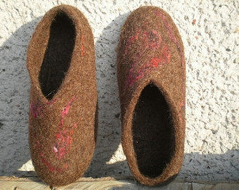 Brown wool felt slippers for women - woolen house shoes - felted slippers - naturally brown - eco friendly - rustic