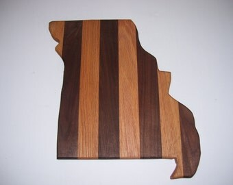 State of Missouri cutting board - made of walnut and oak