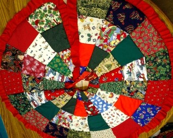 FREE SHIPPING! Sale Christmas Tree Skirt Patchwork Red Green Gold Blue Holiday Decor Christmas Decor