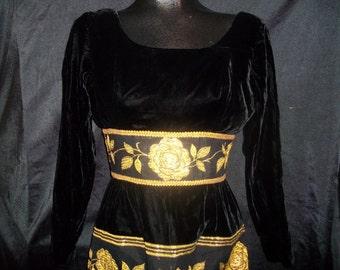 Beautiful 60's Black Velvet  Gold Metallic Floral Brocade Long Sleeved Holiday Dress