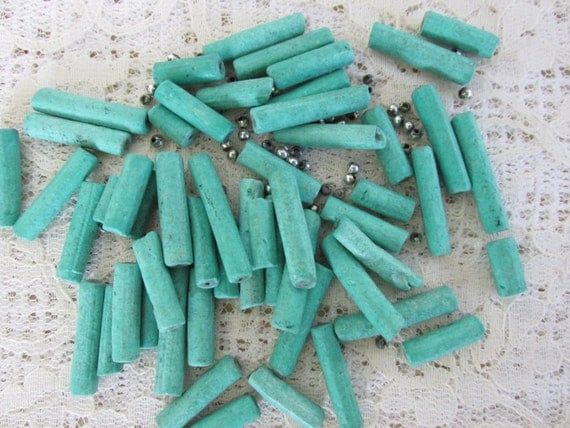 Vintage bead supplies, DIY jewelry beads, scrapbooking embellishment, jewelry findings supply lot, turquoise color bead assortment, Lot 22