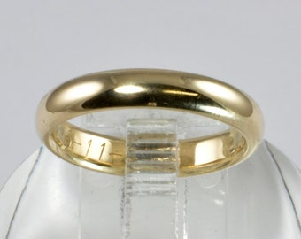 Vintage 14kt Yellow Gold Wedding Band - Ladies Ring - 1960s - Comfort Fit - size 6.5 - Womens wedding ring - Gold Wedding Ring, Ladies