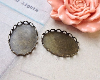 26 x 19 mm (fit for 25 x 18 mm clear button) Oval Shape Antique Bronze Zakka settings (.aa)