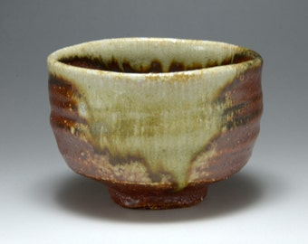 Shigaraki, anagama, ten-day anagama wood firing, with natural ash deposits tea bowl. chawan-65