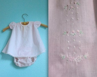 vintage 70s baby girls pink easter dress / rabbit embroidered / spring outfit / size 3M - 6M