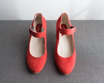 Vintage Suede Leather Red Pumps Heel Shoes