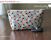 BLACK FRIDAY CYBER Monday Medium Makeup and Cosmetic Bag in Rocco Beat Ornamental