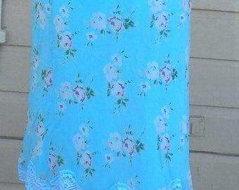 Betsey Johnson blue floral skirt waist 30, robin egg blue skirt, lace hem skirt, spring skirt, pull on skirt, elastic waist skirt, designer