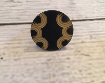 Vintage Chic Black and Creme Engraved Button Ring