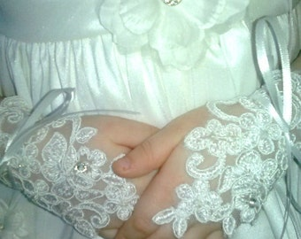 Lace Fingerless Gloves ..Toddlers Thru Age 10 Girls,Wedding,Pageants,First Communion,PrincessWear