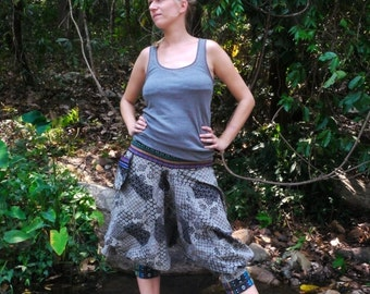 Thai Hill Tribe  / Capri Pants, Batik Cotton, Hmong Hill Tribe Style, Black & White Square and Circles Pattern w Colorful Details