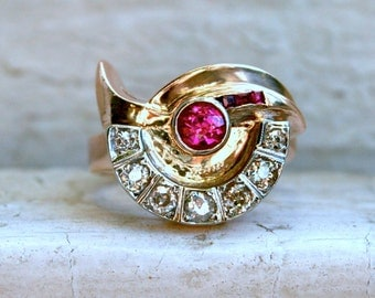 Retro Vintage Fan Ruby and Diamond Ring in 14K Rose Gold - 0.89ct.