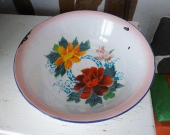 Bumper Harvest Large Vintage Shabby Chic Enamel Pink Rose  Mixing Bowl