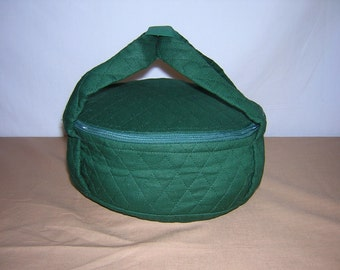 Quilted Forest Green Pie Carrier or Small Casserole Dish Carrier