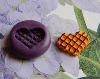 Flexible heart waffle mold