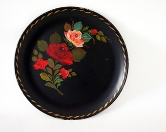 "Huge 20"" Round Black Tole Painted Vintage Serving Tray"