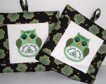 St Patrick's Pot Holders - Pair of Pot Holders - Celtic Owl