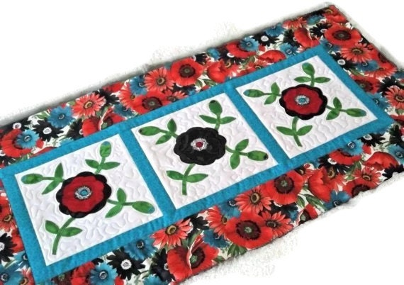 20% Off Quilted Table Runner - Applique Rose of Sharon