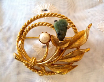 Sarah Coventry Jade Garden Brooch with Pearl