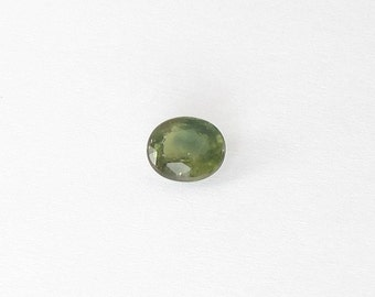 Genuine Green Sapphire, Oval Cut, 1.44 carat