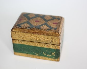 Vintage gilded and green keepsake box. Made in Italy