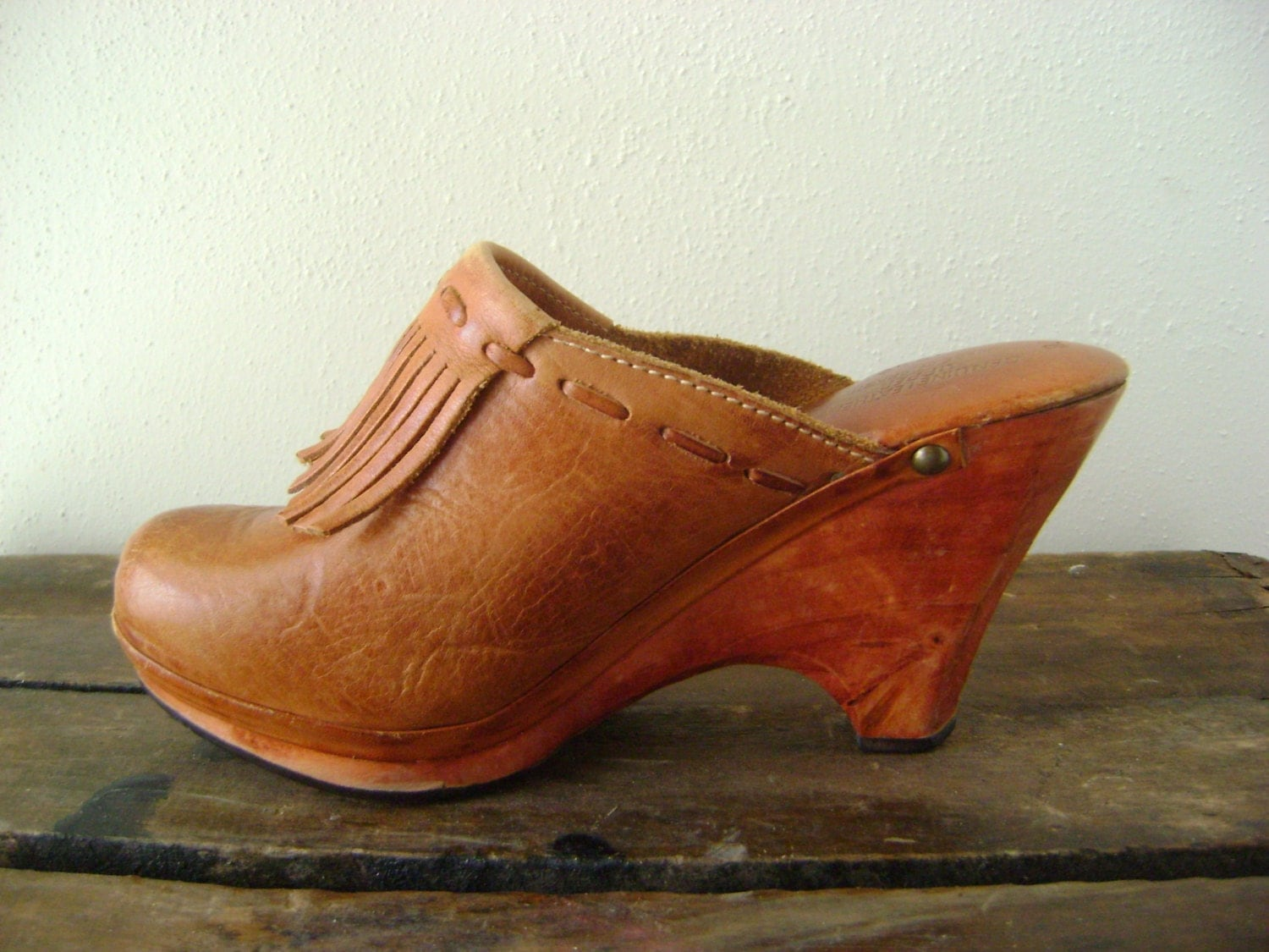 70s Leather Fringe Clogs Vintage Tall Wedge Mule Shoes Size 7B