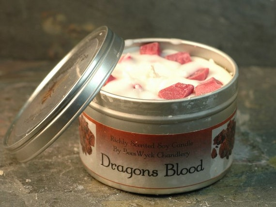 Soy Candle Tin - 8 oz in Dragons Blood Scent
