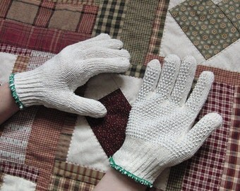 Quilter's Gloves by Nancy Odom for free-motion quilting