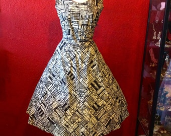 1950s Novelty Print Dress Large Abstract Buildings Cotton
