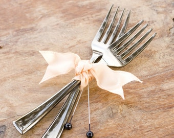 Foodie Fork Boutonniere, Wedding Boutonniere, Bridal Boutonniere, Buttonhole, Foodie Wedding, Peach Boutonniere