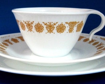 Retro Corelle Butterfly Gold Hook Handle Cup Saucer And Plate Milk Glass 1960s
