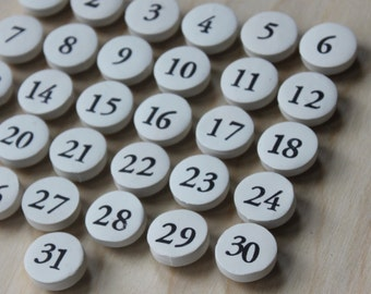 perpetual calendar magnets // magnetic calendar numbers // number magnets // craft room decor // home office supplies // dry erase magnets