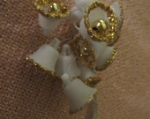 Vintage Bunch of Corsage Wired Mica Sugar Bells White with Gold Glitter