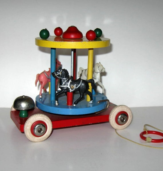 sale vintage brio carousel pull toy home and living nursery. Black Bedroom Furniture Sets. Home Design Ideas