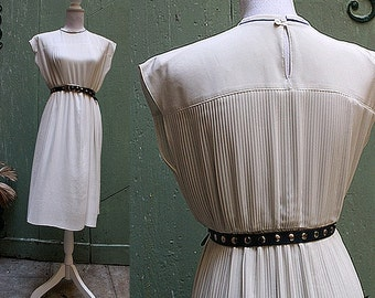 vintage JEAN BAILLY  pleated white DRESS  small