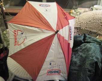 Snoopy Umbrella 1958 United Feature Syndicate /