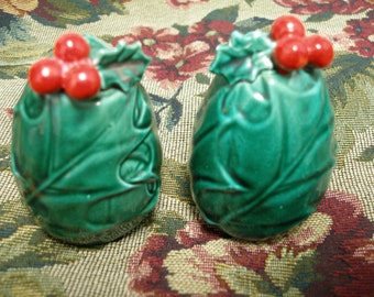 Lefton Holly & Berry shakers