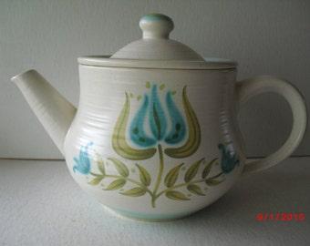 "60's Franciscan ""Tuliptime"" earthenware teapot"