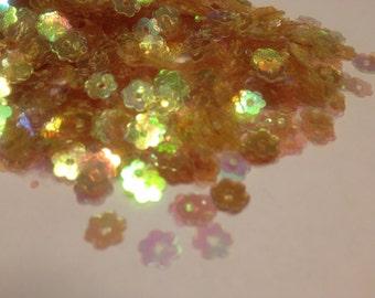iridescent golden yellow flower  sequins / confetti, 8 mm (3)+