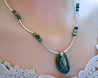 Geode Quartz Pendant Necklace Green-Blue Crystal pocket Jade Beads Curved Silver Tubes Gift