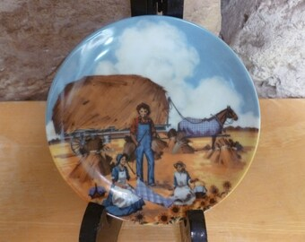 Vtg Avon American Portraits The Midwest  4 inch plate 1985