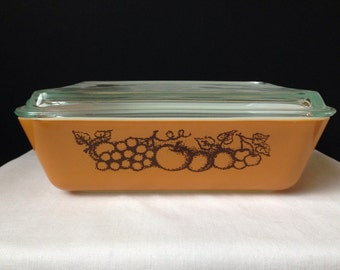 Pyrex - Old Orchard - Refrigerator Dish - Brown with Fruit-