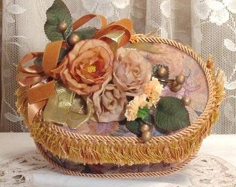 Small Victorian Oval Keepsake / Trinket Box - Vintage Style - Handmade / GOB-2