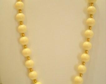 Vintage Trifari Choker Necklace (8887**) 9mm