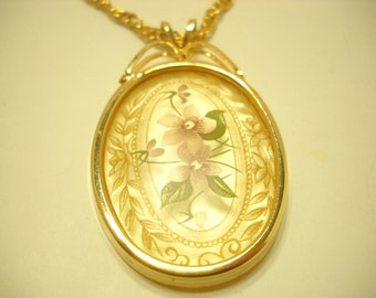 Vintage Frosted Pendant Necklace (762) Flowers